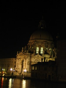 La Salute by night