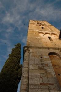 la torre che bacia il cielo