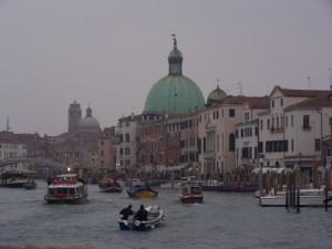 cupole veneziane di sera