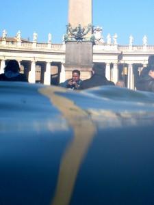 Piazza San Pietro, il punto di vista dell'acqua