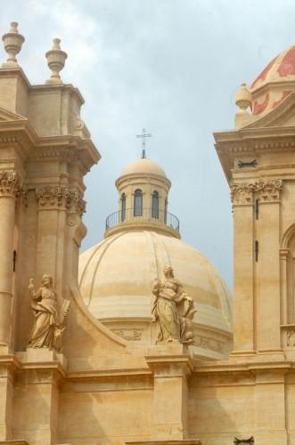 Noto - Particolare della cattedrale di Noto