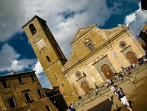 domenica di festa a Civita di Bagnoregio
