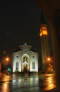 Chiesa Santa Lucia di Piave notturna