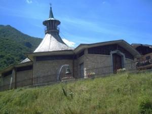 chiesa di cortenova,separata dal campanile