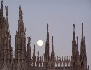 luna di passaggio