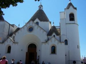 la chiesa a forma di trullo