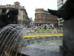 Tra l'acqua e i colori di Piazza Solferino