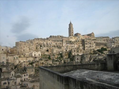"""Matera - La chiesa che spicca sui """"Sassi"""""""