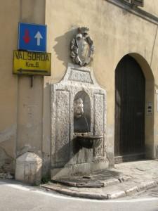 Fontana leoncina