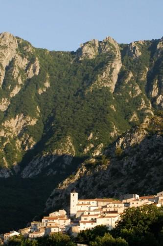Rocchetta a Volturno - Chiesa S. Maria Assunta Castelnuovo a Volturno