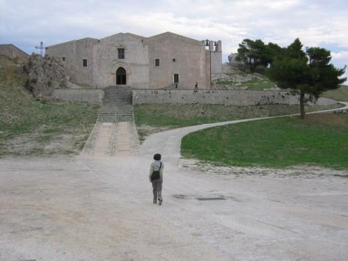 Caltabellotta - Cattedrale solitaria