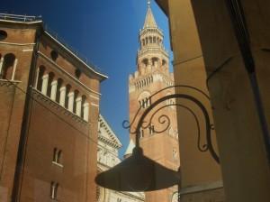 Battistero, Facciata del Duomo, Torrazzo.