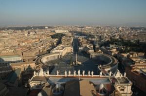 Panoramica di Piazza San Pietro