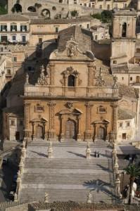 Bella vista di San Pietro dal Quartiere d'Oriente