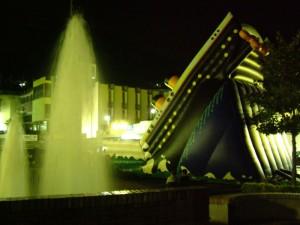 Il titanic affonda nella fontana di Sant'Agata