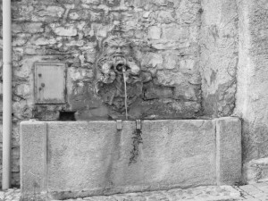 fontana di piazza la torre