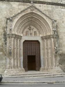 Portale della Cattedrale di Larino (CB)