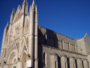 Il duomo di Orvieto in tutto il suo splendore