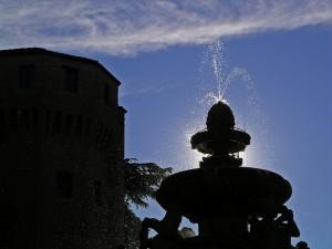 Fontana Masini black and bleu