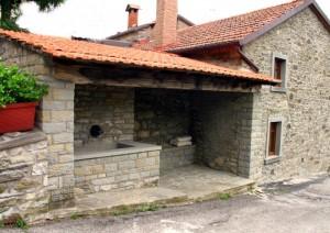 Val della Meta - Antico lavatoio pubblico restaurato
