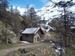 cappella di montagna (maggio)