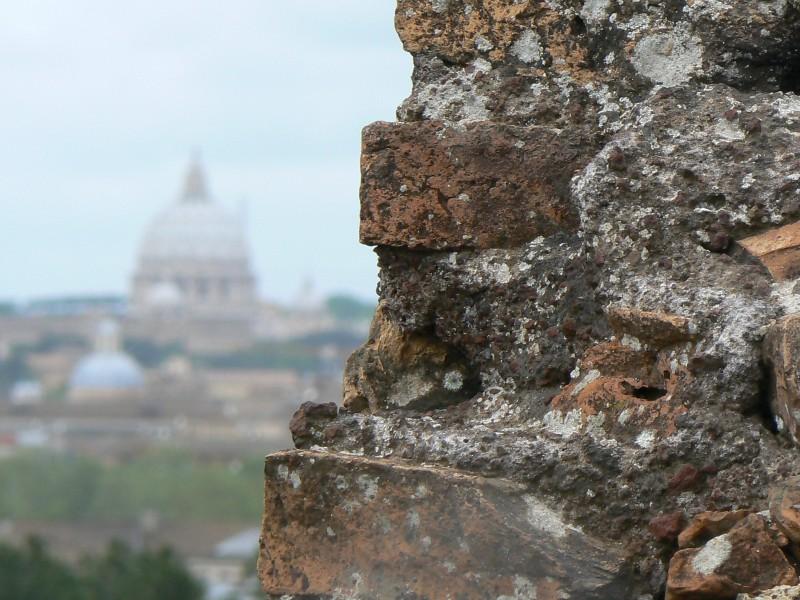 ''dietro'' - Roma