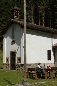 Chiesetta presso la ex-colonia Cavelonte