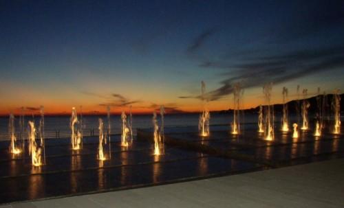 Chiavari - fontana al tramonto
