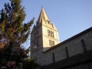 vista del campanile della basilica dei fieschi