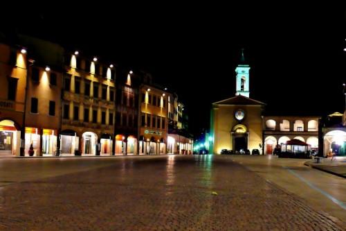 Figline Valdarno - Chiesa in Piazza Marsilio Ficino