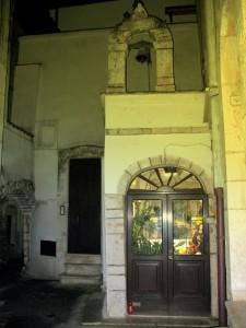 La chiesetta nel borgo antico