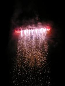 Fuochi d'artificio sul campanile di Pistoia