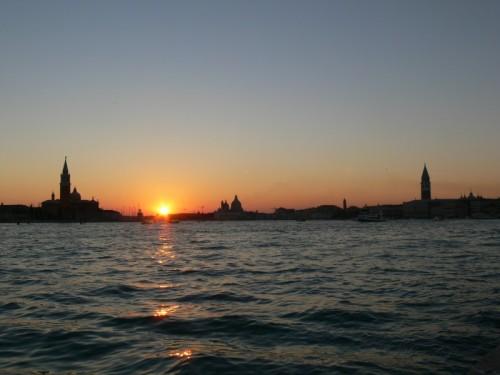 Venezia - Tramonto veneziano tra campanili e cupole