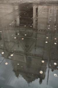 Riflessione sul Duomo Di Napoli