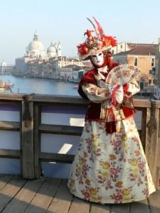 Identità veneziane: le cupole della Salute ed il Carnevale