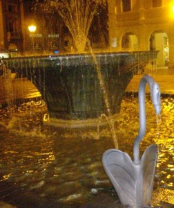 fontana dei cigni particolare