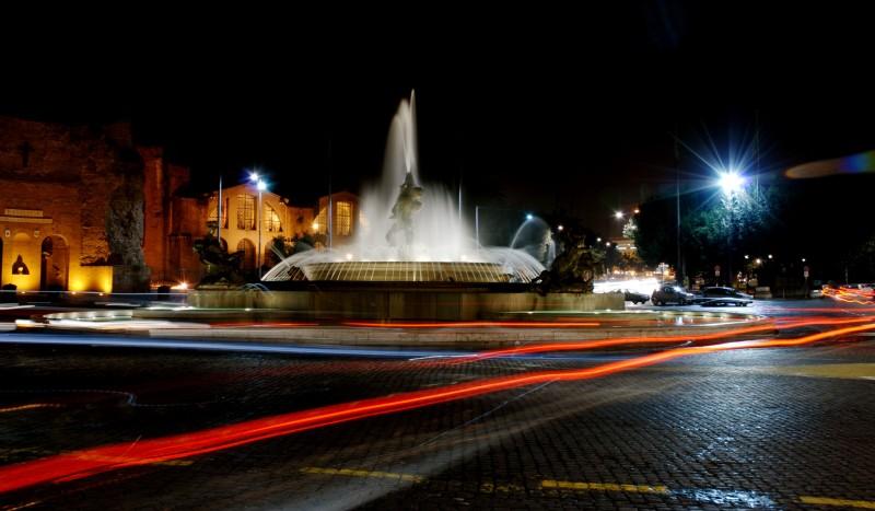 ''Fontana delle Naiadi Piazza della Repubblica la notte'' - Roma