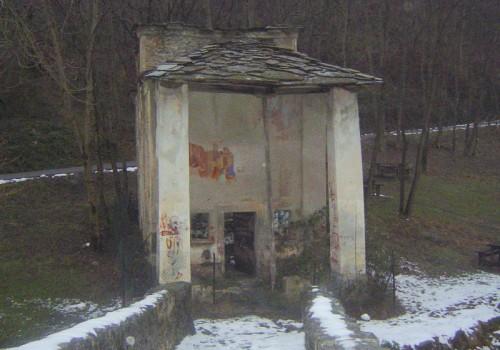 Corio - cappella sconsacrata in località ponte picca