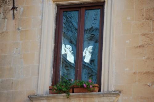Lecce - l'angelo di Santa Croce