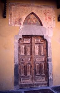 Portale della Chiesa dell'Assunta a Cepina