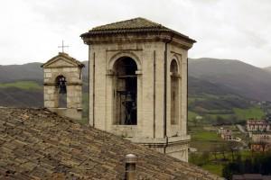 Campanili a Cascia - Giornata piovosa