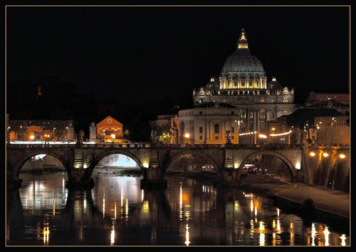 """Roma - """" Er Cupolone"""" by night"""