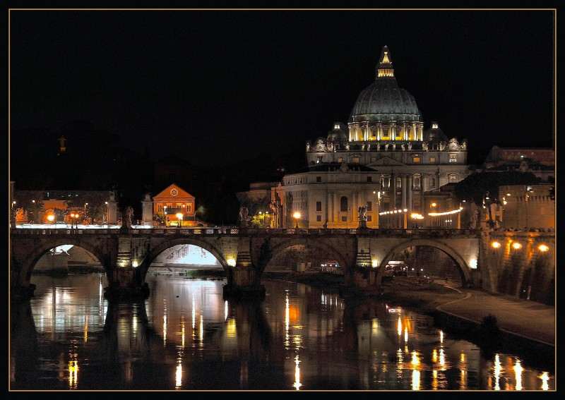 """''"""" Er Cupolone"""" by night'' - Roma"""