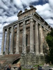 Il tempio di Antonino e Faustina