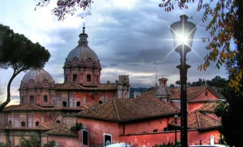 Roma - Le cupole della Chiesa dei Santi Luca e Martina