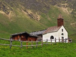 cappella a malga Fane/Fanealm - Valles