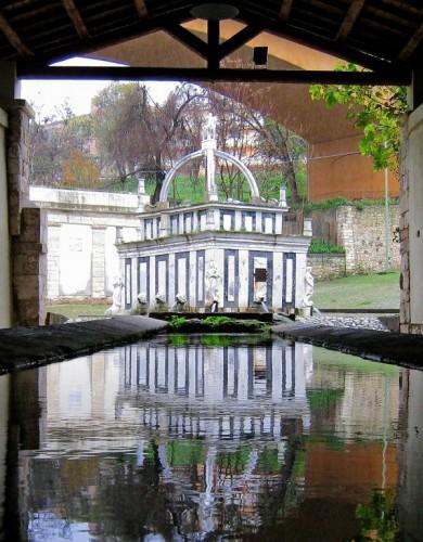 Sassari - Fontana riflessa [2]