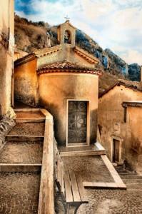 La chiesetta di Cervara