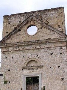 Vecchia chiesa a Sperlonga