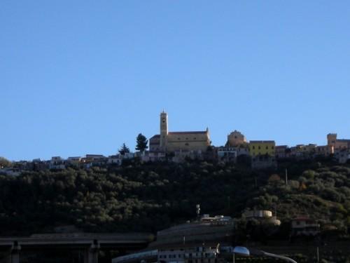 Castellaro - CHIESA SULLA COLLINA